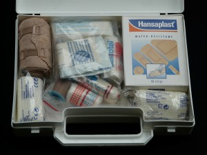 first-aid-kit-62643_1920